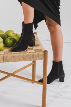 Mirelle Black